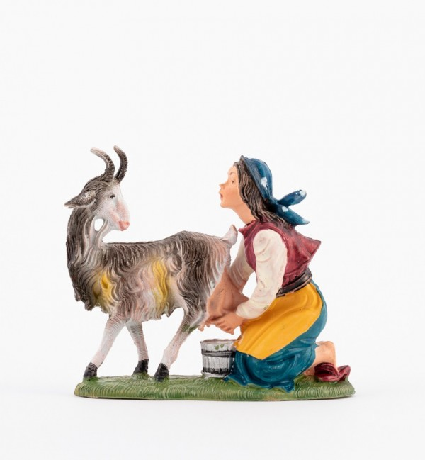 Shepherdess (213) for creche traditional colours 10 cm.
