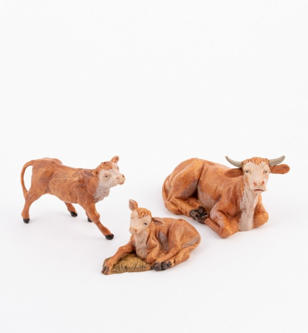 Ox family for creche 12 cm.