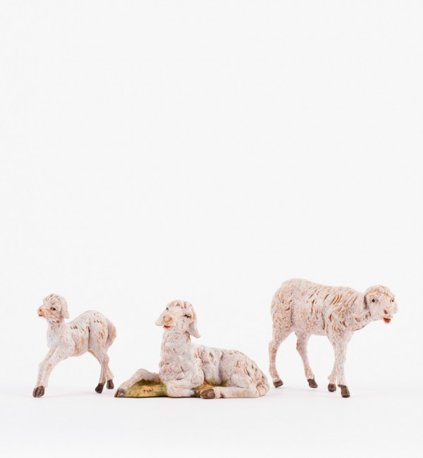 Sheep family for creche 12 cm.