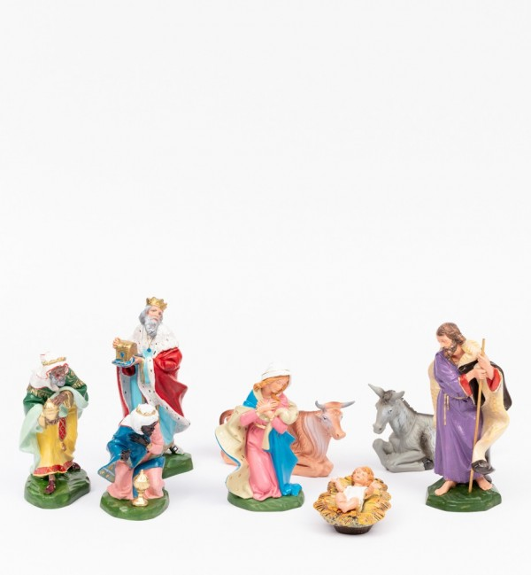 Nativity 8 pieces for creche traditional colours 19 cm.