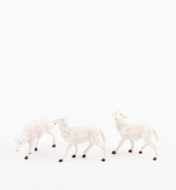 Sheep for creche traditional colours 19 cm.
